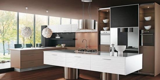 Как оформить интерьер кухни в коричневом цвете.