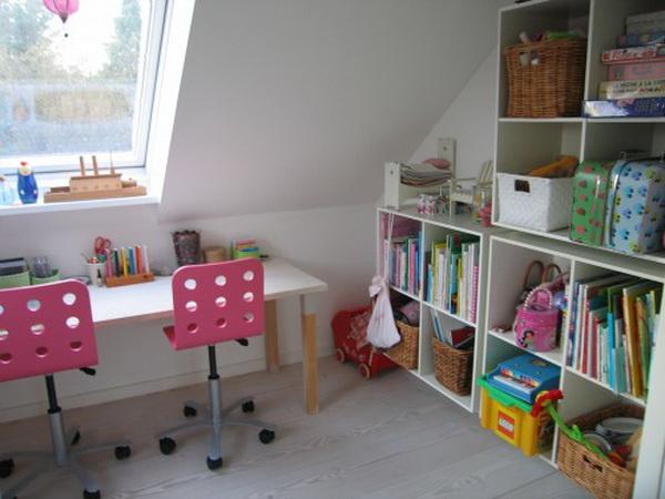 Письменный стол для школьника 16