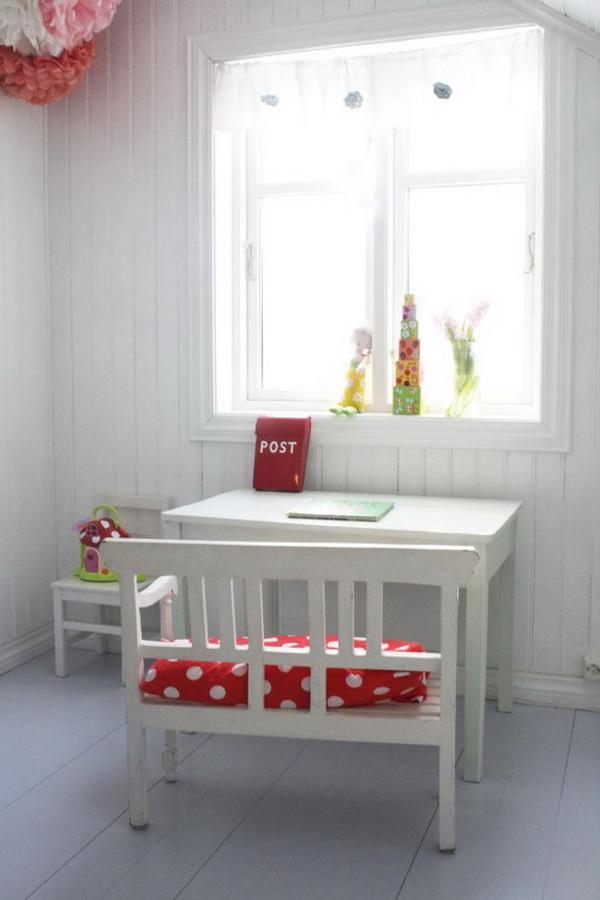 Письменный стол для школьника 20