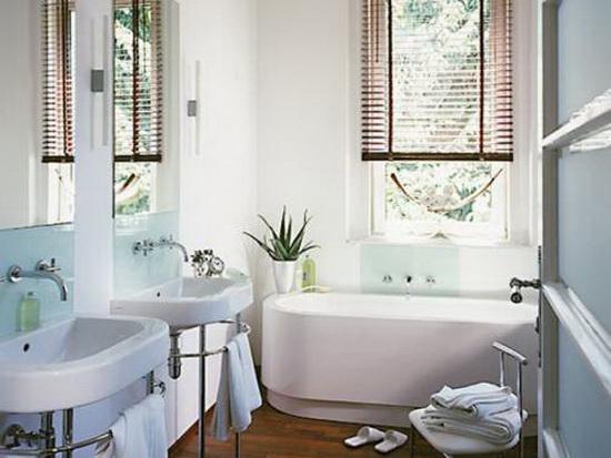 Окно в ванной - это плюс 11