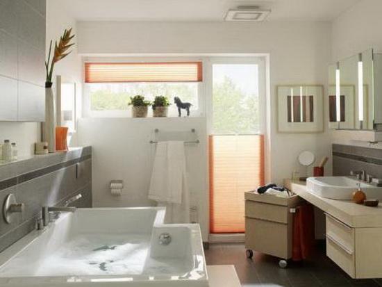 Окно в ванной - это плюс 2