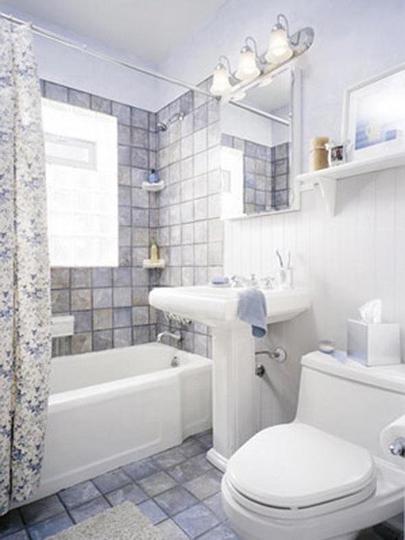 С этой проблемой обычно сталкиваются владельцы маленьких ванных комнат