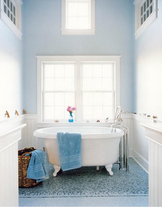 Дизайн ванной комнаты синяя