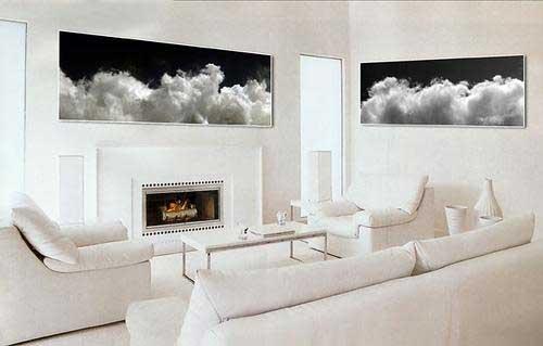 Белый цвет можно ассоциировать и с холодными снегами и огромными айсбергами в океане, а можно представить...
