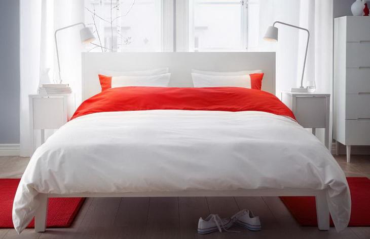Red white bedroom