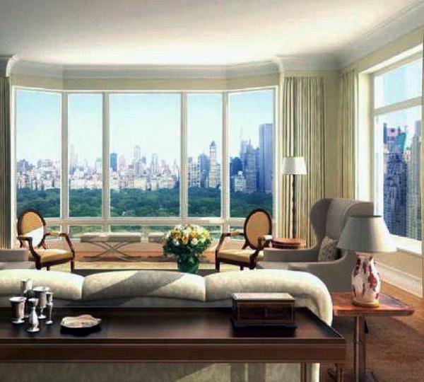 Дом с большими окнами