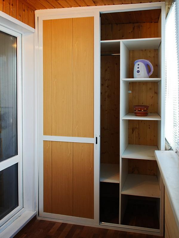 Шкафы на балкон недорого эконом готовые цены..