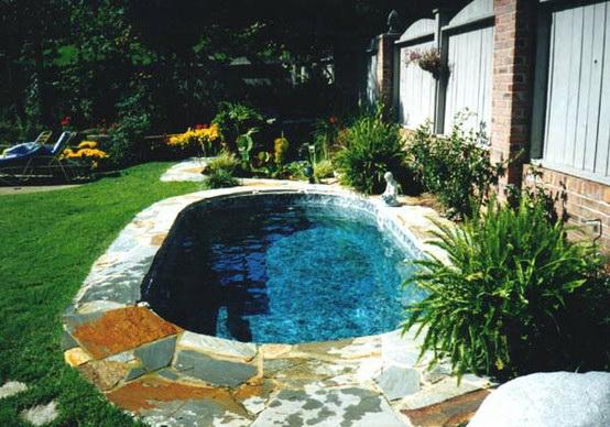 бассейн на даче