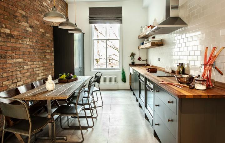 Кухни у окна фото дизайн