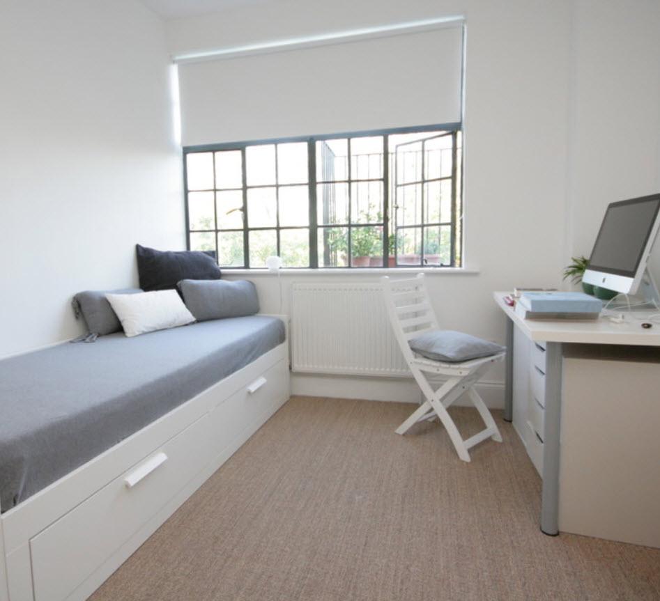 узкая комната