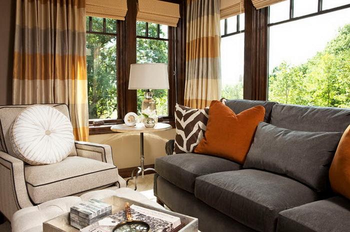 гостиная с серым диваном фото