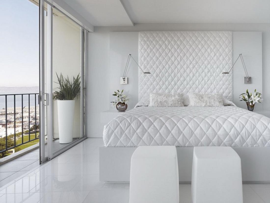 изголовье кровати белое