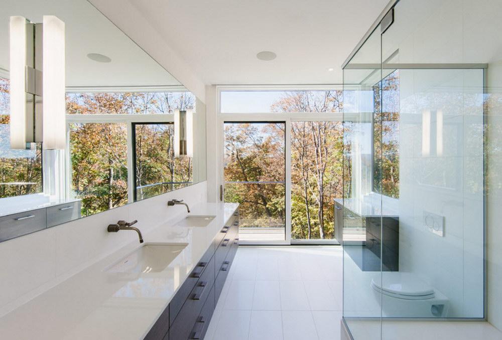 Ванна с двумя раковинами