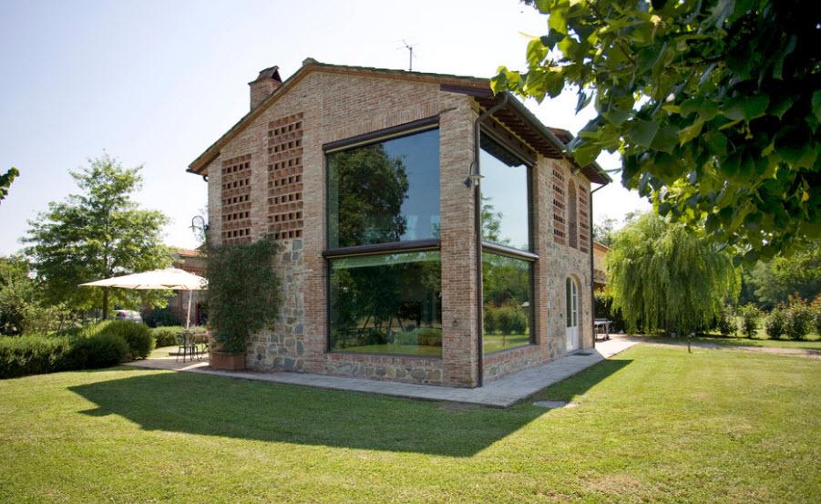100 for Piccole case in stile toscano