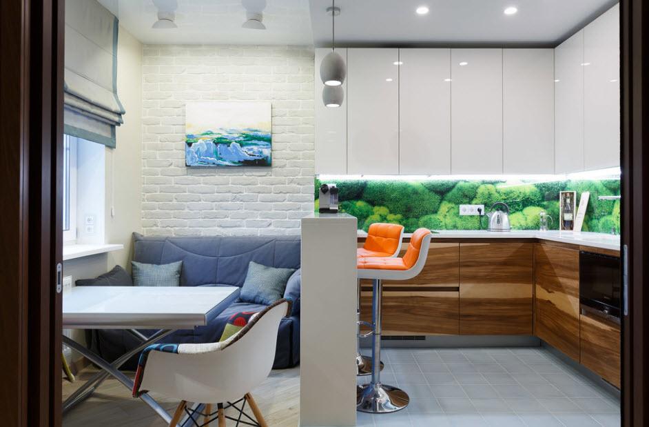 Дизайн кухни с диваном в квартире
