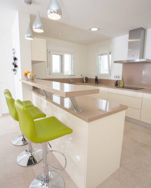 Бежевая кухня - новые идеи дизайна - 44 Фото